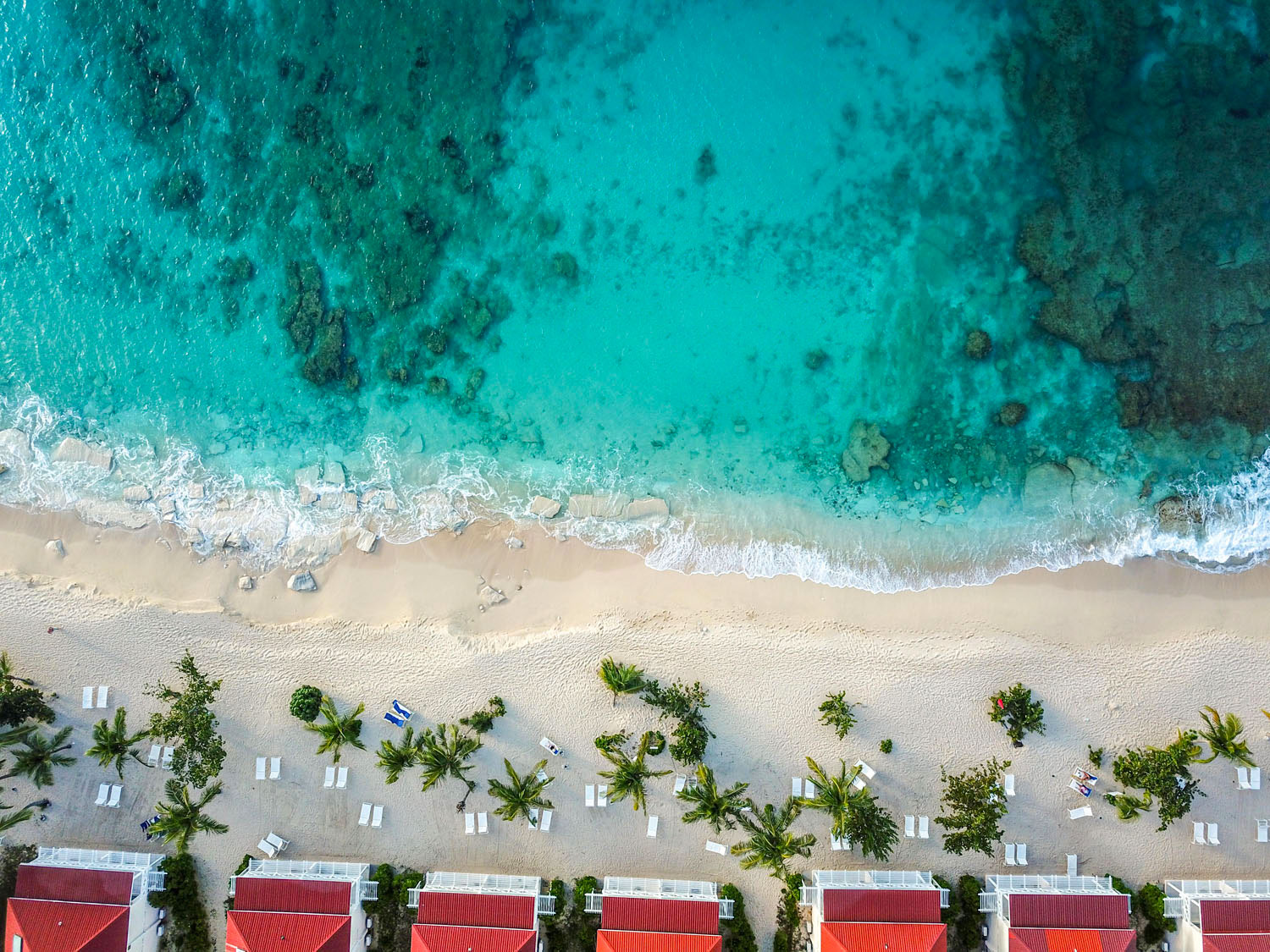 Imagine an island with a reputed 364 more beaches like this one . . . Photo by DBImages/Alamy Stock Photo