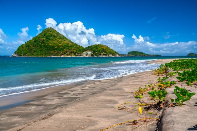 Sugar Loaf Island lies just off Levera Beach. Photo by Hugh O'Connor/Shutterstock.com