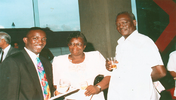 Yorke and proud parents, Grace and Fulton Yorke, in 1992. Photograph courtesy Trinidad Express Newspapers
