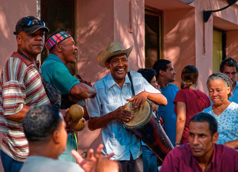 Musicians on Santiago's Plaza de Dolores. Photo by Attila Kleb/Alamy Stock Photo