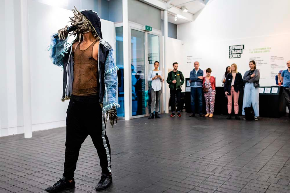 Bikkel (2018, performance, London). Commissioned for Jerwood Staging Series, supported by Jerwood Charitable Foundation. Photo by Hydar Dewachi