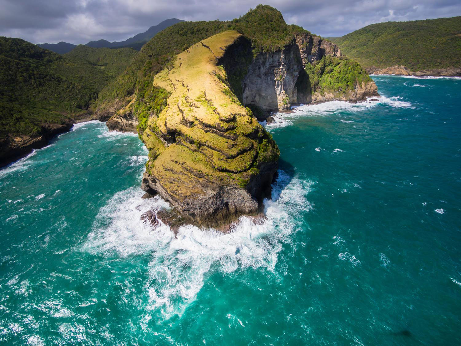 Chaloupe Bay and the wild majesty of St Lucia's Atlantic coast. Photo by Westend61 GmbH/Alamy Stock Photo