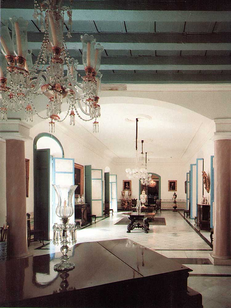 The first floor salon of La Casa de la Obra Pía. The house dates from the 17th century but was remodelled in baroque style in the 1760s. Photograph by Martin Chase.