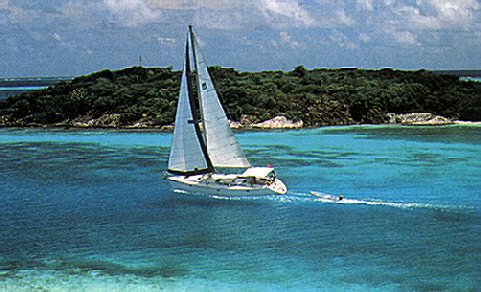 Sailing in the Tobago Cays. Photo courtesy the Moorings
