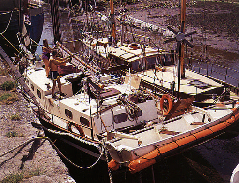 Getting ready to sail. Photograph by James Mellor