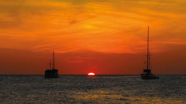 A Los Roques sunset. Photograph by Dri Castro
