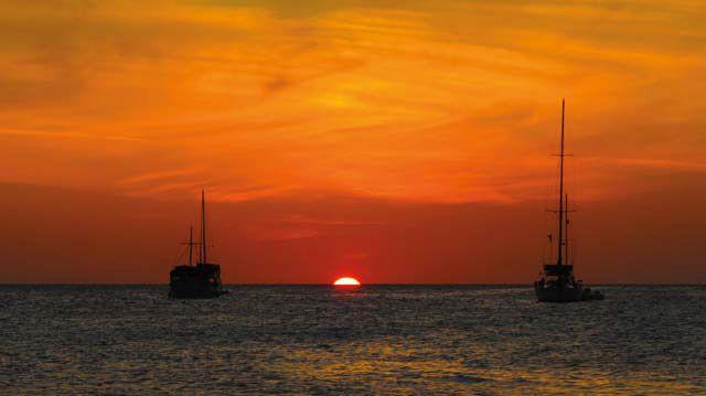 A Los Roques sunset. Photograph by Dri Castro