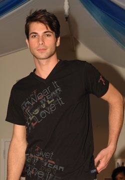 Teddy at the Earthmember4life launch in NYC wearing a cotton tee from the spring/summer 2009 line. Photograph courtesy Earthmember4life