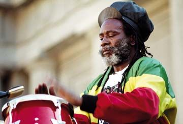 Burning Spear in performance, 1991. Photograph by UrbanImage.tv/Lee Abel