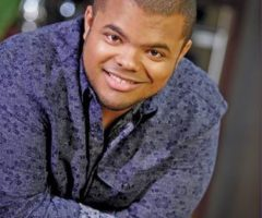 Roger Mooking. Photograph by publicity photographer Geoff George