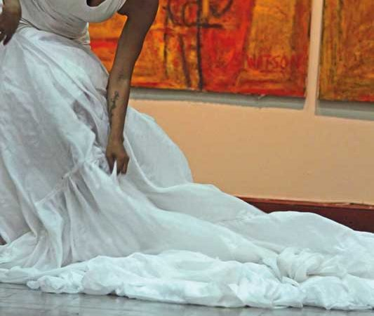 Neila Ebanks performing at the National Gallery of Jamaica. Photograph by Tanya Batson-Savage