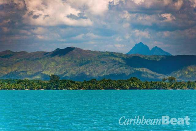 Victoria Peak, more than twenty miles inland, is visible from the Caribbean Sea. Copyright Tony Rath / tonyrath.com