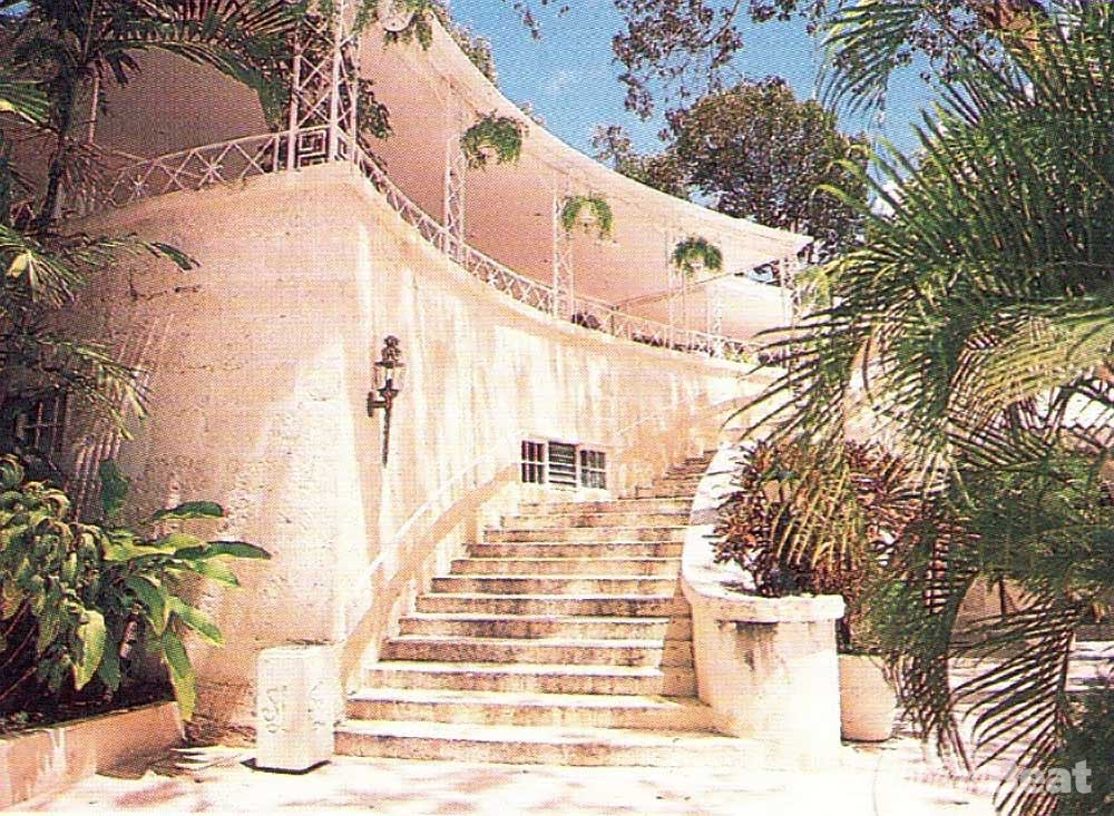 The staircase, extending from the lobby onto the terrace that leads to the beach, is one of the original features of the design