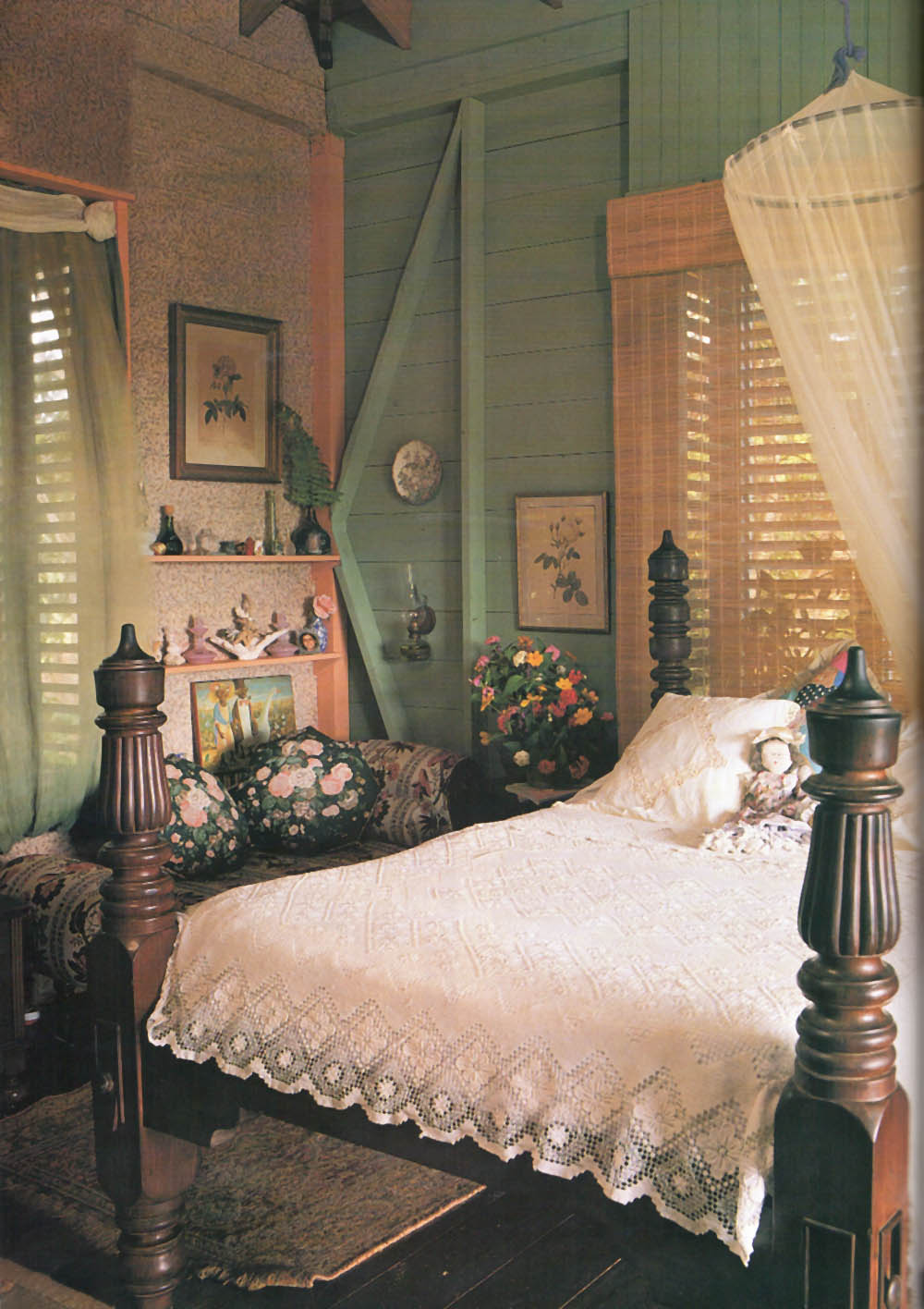 The master bedroom. Photograph by Steve Cohn