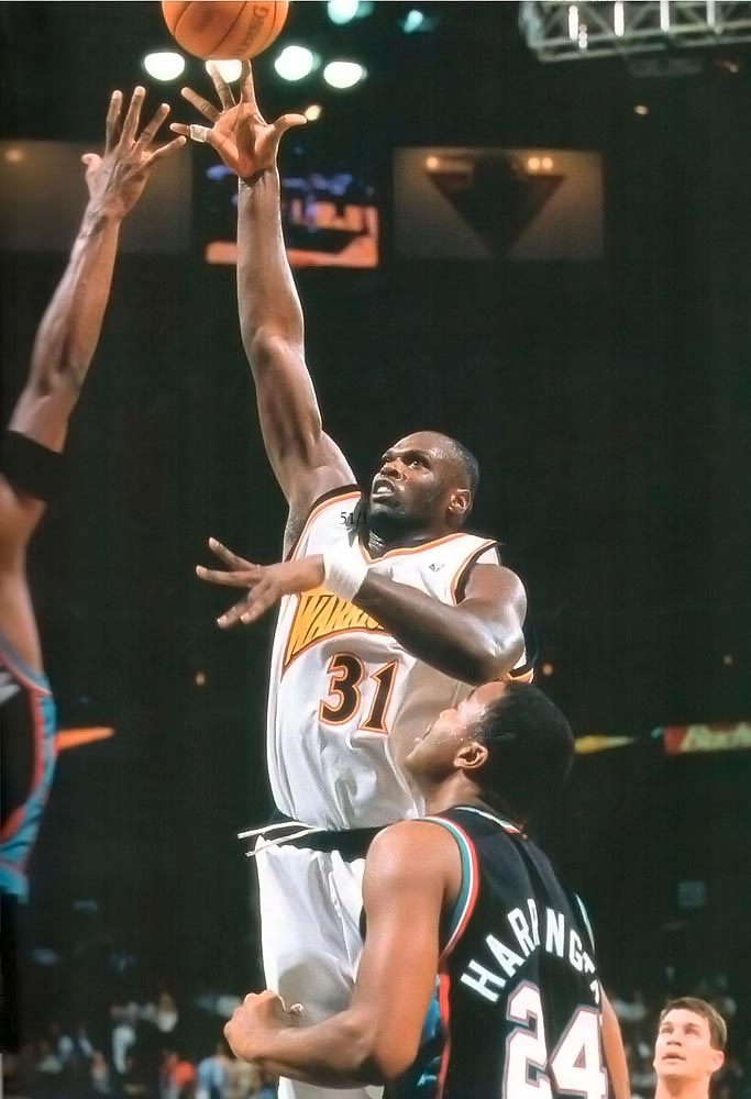 Adonal in action. Photograph by Sam Forencich/ NBA Photos