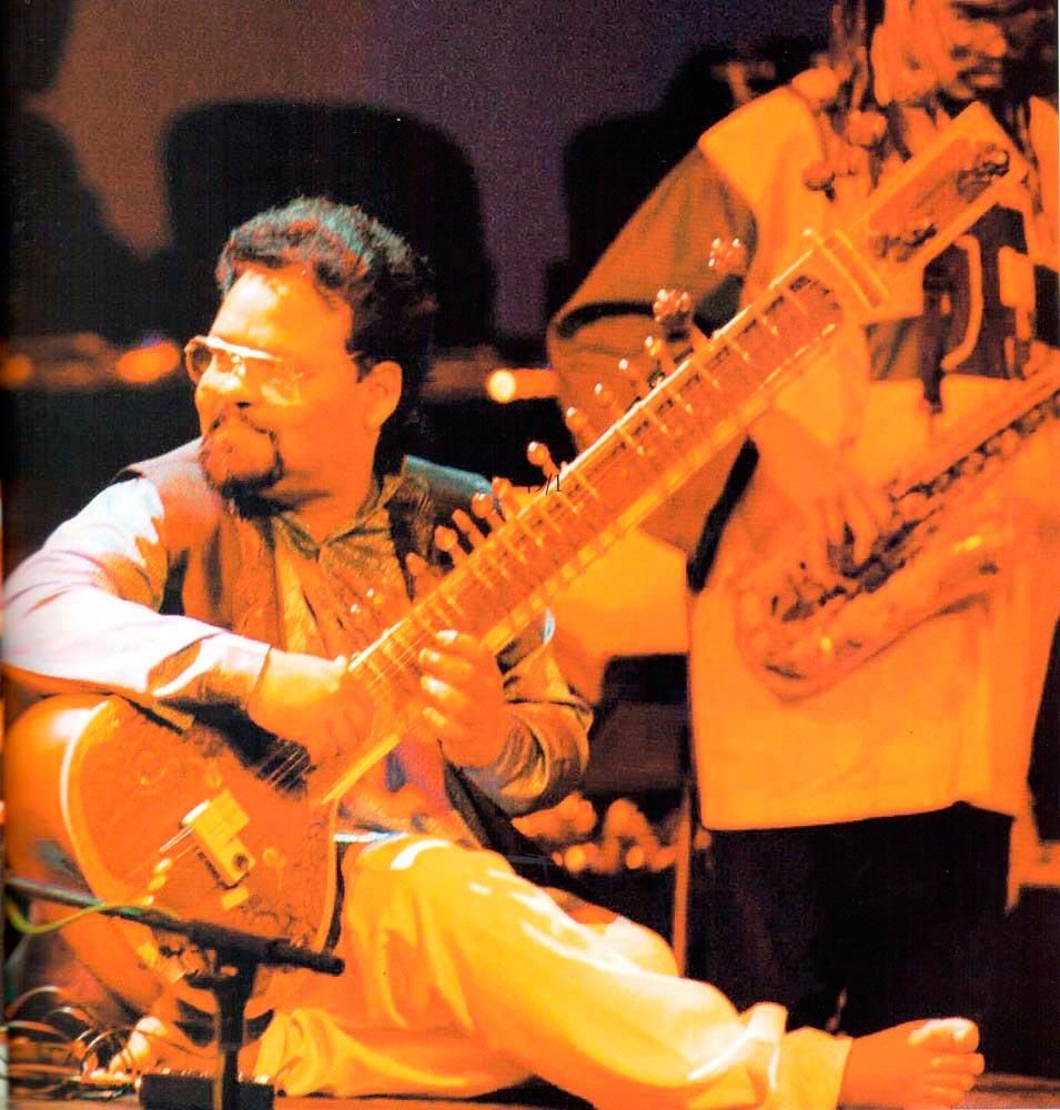 Mungal Patasar and Pantar in concert. Photograph by Jeffrey Chock