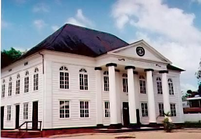 The imposing Synagogue in Paramaribo. Photograph by Simon Lee