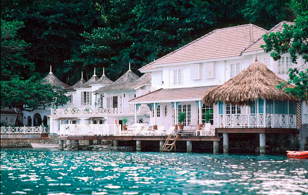 Private Villa, Blue Lagoon, Port Antonio, Portland. Photograph by Mike Toy