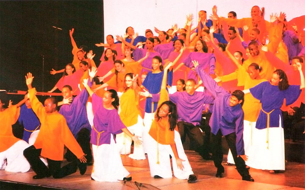 The Marionettes Youth Chorale at its first full-length concert production Showtime at Queen's Hall, Port of Spain, on July 11, 1998. Photograph by W. Garth Murrell (PIPS)