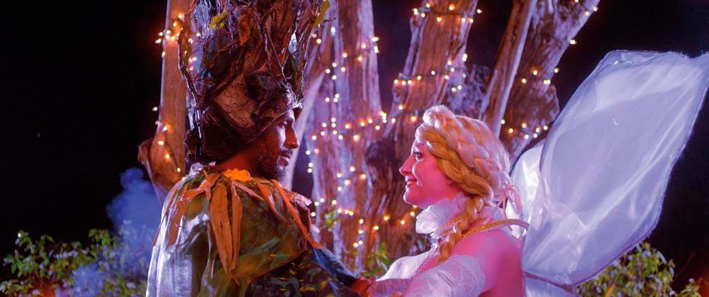 Oberon (Adrian Green) and Titania (Suzannah Harker). Photo by Neil Marshall, courtesy A Caribbean Dream