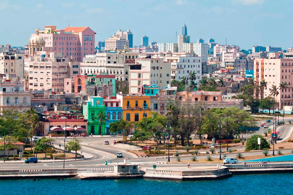Bustling, charming Havana. Shutterstock.com/Kamira