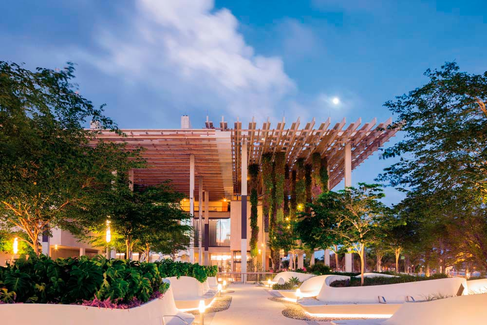 The PŽrez Art Museum Miami has a prominent location in the city's new Museum Park. Photo by Mr Interior/Shutterstock.com