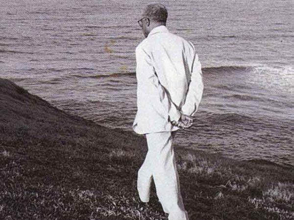 Césaire's favourite relaxation: walking the Tartane coast of Martinique, always in a suit. Photograph by Marie-Claire Delbé