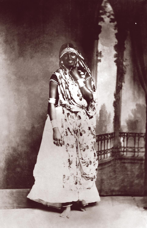 Indian girl. Photograph courtesy Paria Publishing Ltd.