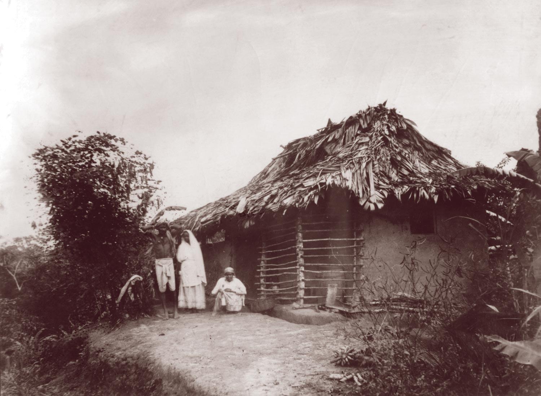 Rurual housing. Photograph courtesy Paria Publishing Ltd.