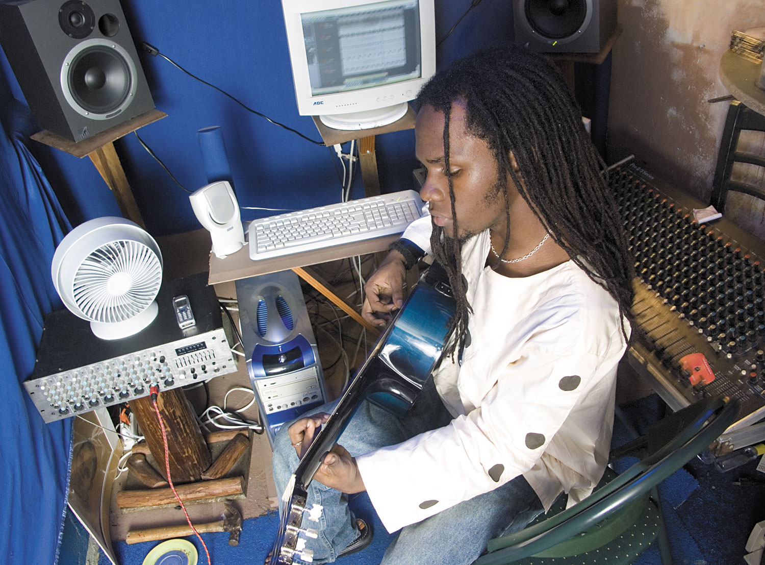 Issac Blackman in the studio at Lovers Lane. Photograph by Mark Lyndersay